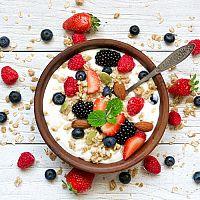 Zdravé raňajky – prečo raňajkovať? Najlepšie knihy s receptami na raňajky!