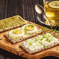 Zdravá náhrada pečiva pri diéte a chudnutí nielen z tvarohu