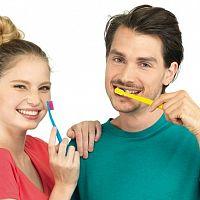 Ako si čistiť zuby správne? 7 otázok a odpovedí o čistení zubov, ktoré sa oplatí poznať