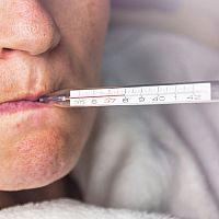 Ako správne merať telesnú teplotu pod pazuchou, v ústach či konečníku?