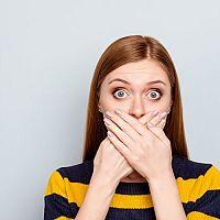 Kovový, acetónový, hnilobný alebo kyslý zápach z úst? Sú príčinou mandle?