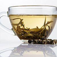 Biely čaj na pleť, výborný na akné. Skúsenosti hovoria áno
