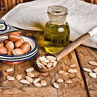 Argánový olej na vlasy i tvár. Účinky, cena a skúsenosti