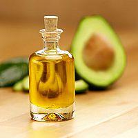 Avokádový olej - účinky, užívanie a cena. Ideálny na zníženie cholesterolu!