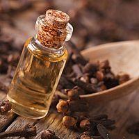 Klinčekový olej na zuby - prírodná liečba bolesti. Účinky, skúsenosti, cena