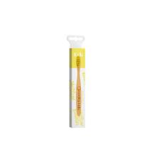 NORDICS Detská bambusová kefka na zuby so žltými štetinami