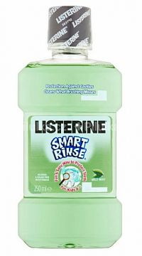 LISTERINE Smart Rinse Mint ústna voda 1x250 ml