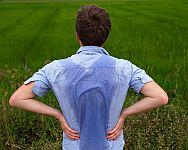 Nadmerné potenie hlavy, tváre, rúk, nôh a na chrbte pri malej námahe – príčiny, liečba