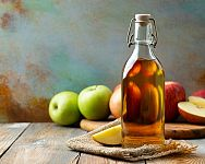 Jablčný ocot na vlasy, kĺby, chudnutie, pleť. Má aj nepriaznivé účinky?