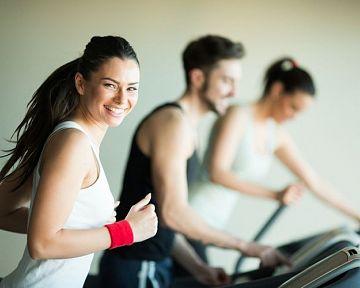 Výhody a nevýhodu športu: 11 dôvodov, prečo začať športovať