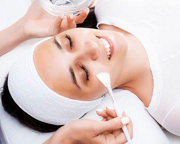 Kyselina salicylová na pleť, na bradavice – účinky, skúsenosti, použitie v tehotenstve