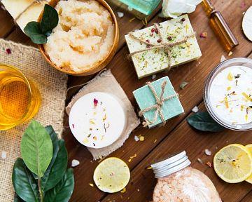 Škodlivé látky v kozmetike – konzervačné jedy, ropa, mastenec