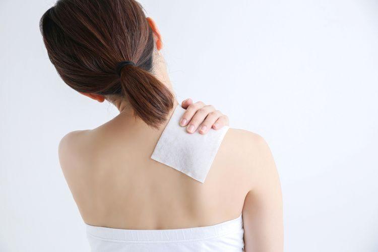 Náplasť Flector na chrbát