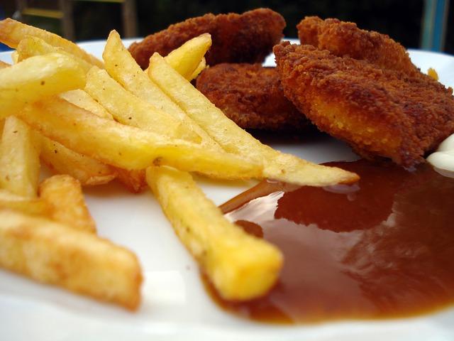 Vyprážané jedlo spôsobuje pálenie záhy