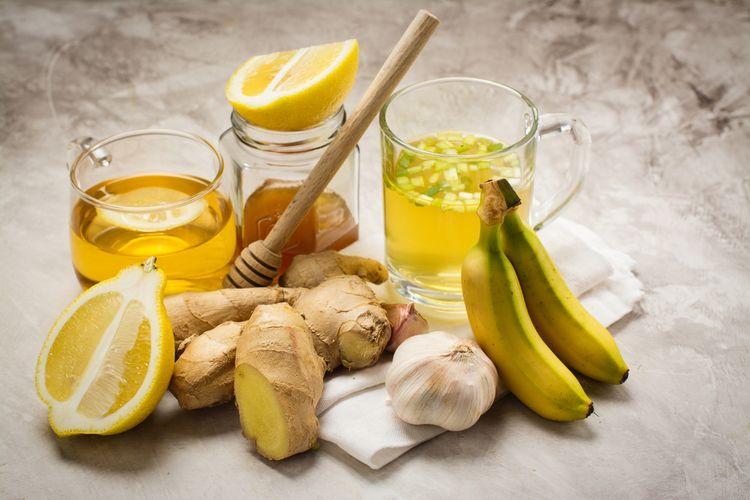 Prírodné lieky na podporu imunity - citrón, zázvor, med